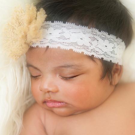 Professional Newborn & Family Portraits by award-winning family photographer Pamira Bezmen. www.pamirabezmenphotography.com