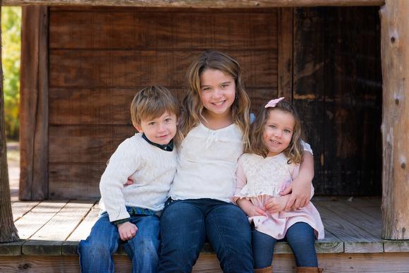 Professional Child & Family Portraits by award-winning family photographer Pamira Bezmen. www.pamirabezmenphotography.com