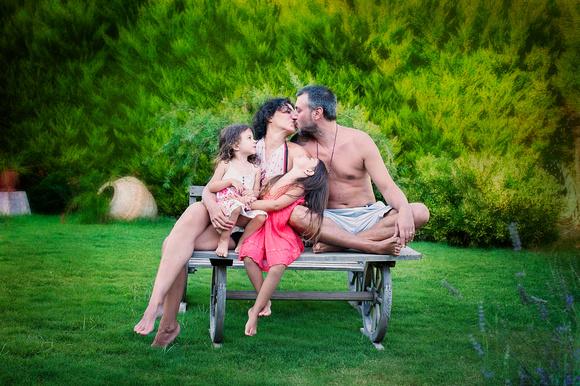 Family Photos by NJ family photographer Pamira Bezmen Photography