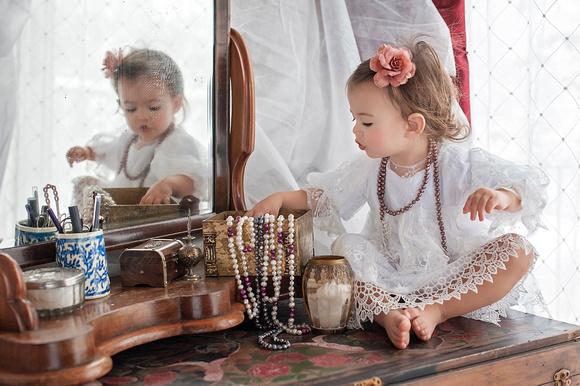 Baby Portraiture by Pamira Bezmen. New Jersey newborn, family, baby photographer