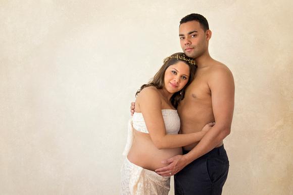 Pamira Bezmen Photography. Award winning maternity portraiture in New Jersey and Istanbul. www.pamirabezmenphotography.com